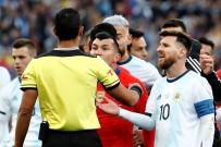 GARY MEDEL - Lionel Messi'ye Milli Takımdan 3 Ay Men Cezası
