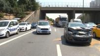 TEM Otoyolunda Karşıdan Karşıya Geçmek İsteyen Şahsa Araç Çarptı Açıklaması 1 Ağır Yaralı