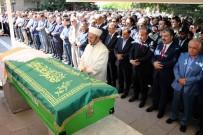 AYM Başkanı Arslan'ın Annesi Son Yolculuğuna Uğurlandı
