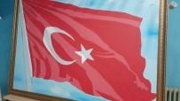 Bu Türk Bayrağında 36 Bin 647 Şehidin İsmi Var