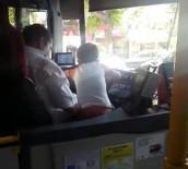 MAL VARLIĞI - İstanbul'da Çocuğa Otobüs Kullandıran Şoför Yakalandı