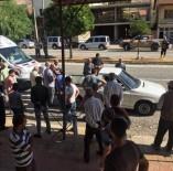 ERKENEK - Malatya'da Otomobilin Çarptığı 2 Kişi Yaralandı