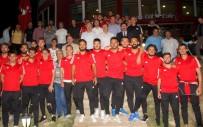 Vali Arslantaş Açıklaması 'Yenilse De Atletini Çıkarsa Suyunu Sıkarak Dışarıya Çıkan Bir Ekip İstiyoruz'