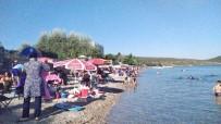 BALCıLAR - 3 Gün Tatili Fırsat Bilenler Plajlara Akın Etti