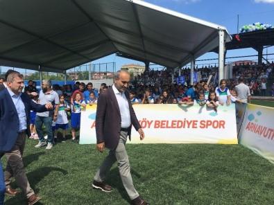 Arnavutköy'de Yaz Spor Okulları Sona Erdi