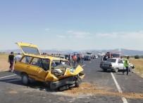 Burdur'da Trafik Kazası  Açıklaması 1 Ölü, 9 Yaralı
