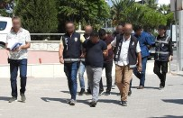 ALAÇATı - Çeşme Polisi Dolandırıcı Zanlılarını Suçüstü Yakaladı