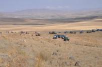 Köylülerden Traktörlü 'Taş Ocağı' Eylemi
