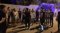 13 Yaşındaki Çocuğun Katil Zanlısının Evinin Önünde Gergin Bekleyiş
