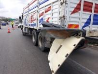 LÜKS OTOMOBİL - Bursa'da dehşet veren kaza