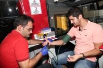 KAN BAĞıŞı - Belediye Personelinden Kan Bağışına Destek