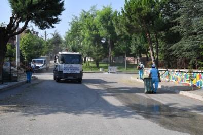 Isparta Belediyesi'nden Mahallelerde Bayram Temizliği