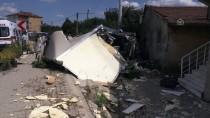 Kamyonet Evin Duvarına Çarptı Açıklaması 2 Yaralı