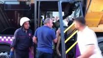 Sancaktepe'de Halk Otobüsü Hafriyat Tırına Çarptı