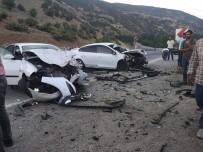 Bingöl'de Trafik Kazası Açıklaması 3 Yaralı