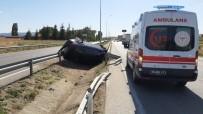 Kontrolden Çıkan Otomobil Devrildi Açıklaması 2 Yaralı