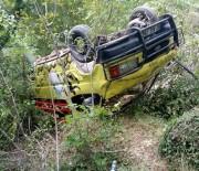 ALAADDIN KEYKUBAT - Turistleri Taşıyan Minibüs Şarampole Yuvarlandı Açıklaması 1 Ölü, 11 Yaralı