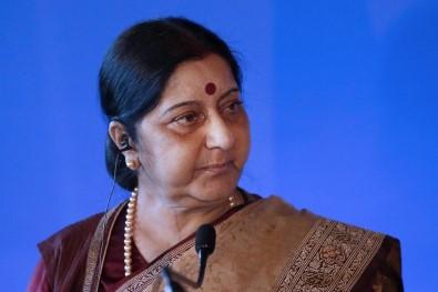 Hindistanlı eski bakan hayatını kaybetti