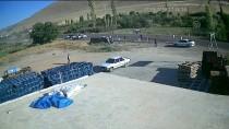 Kayseri'de Minibüs İle Kamyonet Çarpıştı Açıklaması 18 Yaralı