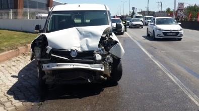 Kocaeli'de Zincirleme Trafik Kazası Açıklaması 3 Yaralı