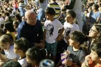 ÇOCUK OYUNU - Menteşe'de Çocukların Yüzü Gülüyor