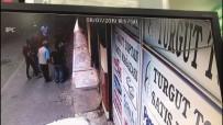 Pişkin hırsızlar dükkan sahibine kurşun yağdırdı