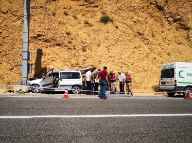 Artvin'de Trafik Kazası Açıklaması 1 Ölü, 3 Yaralı