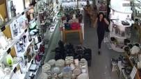 Depremden Panikleyen Vatandaşların Kaçışma Anı Kameralara Yansıdı