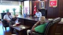 Dünya Aba Güreşi Federasyon Genel Başkanı Prof. Dr. İbrahim Öztek, Hakan Bahadır'ı Ziyaret Etti