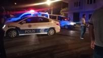 GECE BEKÇİSİ - İzmir'de Yabancı Uyruklu Kiracı İle Ev Sahibi Arasında Kavga