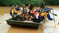 SEL FELAKETİ - Hindistan'da Sağanak Muson Yağmurları Açıklaması 22 Bin Kişi Tahliye Edildi