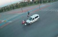 Kaza Anları Şehir Polis Kamerasında