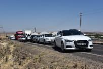 Kaza Yapan Araçlarda Sıkışan Sürücüler Kurtarıldı