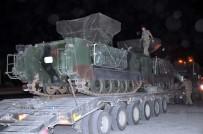 ASKERİ KONVOY - Sınırın Sıfır Noktasına Askeri Araç Sevkiyatı Devam Ediyor