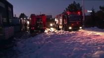 Tuzla Organize Sanayi Bölgesinde Çıkan Yangın Söndürüldü