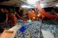 BISMILLAH - Balık Avı Sezonu Açıldı, Başkan Günel Balıkçılarla Birlikte ' Rastgele ' Dedi