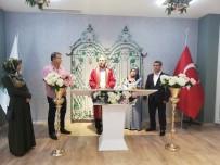 RECEP TAYYİP ERDOĞAN - Yeni Mekanda Çiftlerin Yüzü Gülüyor