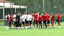 NEVZAT DEMİR - Beşiktaş'ta Gazişehir Hazırlıkları Sürüyor