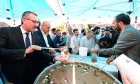 Kahramanmaraş'ta 6 Bin Kişiye Aşure Dağıtıldı