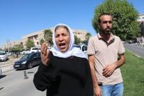 Kocası Ve İki Çocuğu Kavgada Ölen Kadın Oturma Eylemi Başlattı