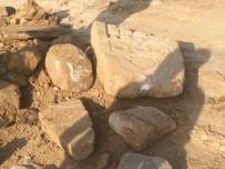 KEPÇE OPERATÖRÜ - Okul İnşaatından Roma Mezarı Çıktı