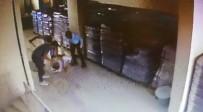 Servis Sürücüsünü Sopayla Dövdüler Açıklaması Dehşet Anları Kamerada
