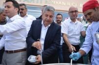 ÖMER ŞAHIN - Bünyan Belediyesi 3 Bin Kişilik Aşure İkram Etti