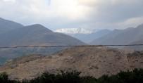 Erzincan'ın En Yüksek Noktası Esence'ye Mevsimin İlk Karı Düştü
