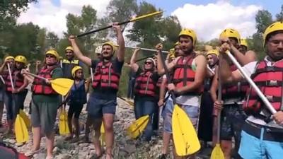 Sağlıklı Yaşam İçin Rafting Yaptılar