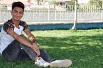 Sokak Röportajlarını Yapan Yüksekovalı Gence Dizilerde Oynama Teklifi Geldi