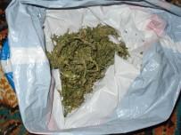 Şüpheli Şahıslardan Uyuşturucu Çıktı Açıklaması 5 Gözaltı