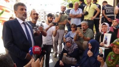 Uluslararası İnsan Hakları Derneğinden HDP Önünde Eylem Yapan Ailelere Destek