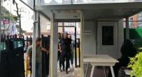 MAL VARLIĞI - Avrasya Tüneli'nde Dubalara 'Makas' Atan Maganda Yakalandı