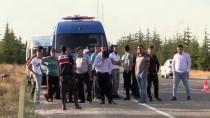 Eskişehir'de Ticari Araç İle Kamyonet Çarpıştı Açıklaması 2 Ölü, 2 Yaralı